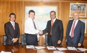 Extension of agreement with the founding shareholders of Uniastrum Bank