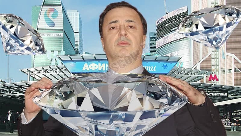 Non-Levaev bankruptcy, or price of diamonds for oligarch